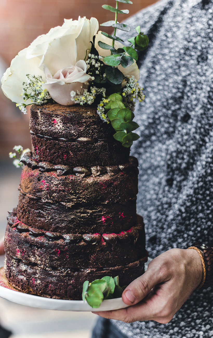 chocolate naked cake 02