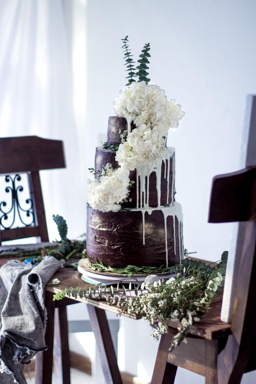 Chocolate Wedding Cake 000