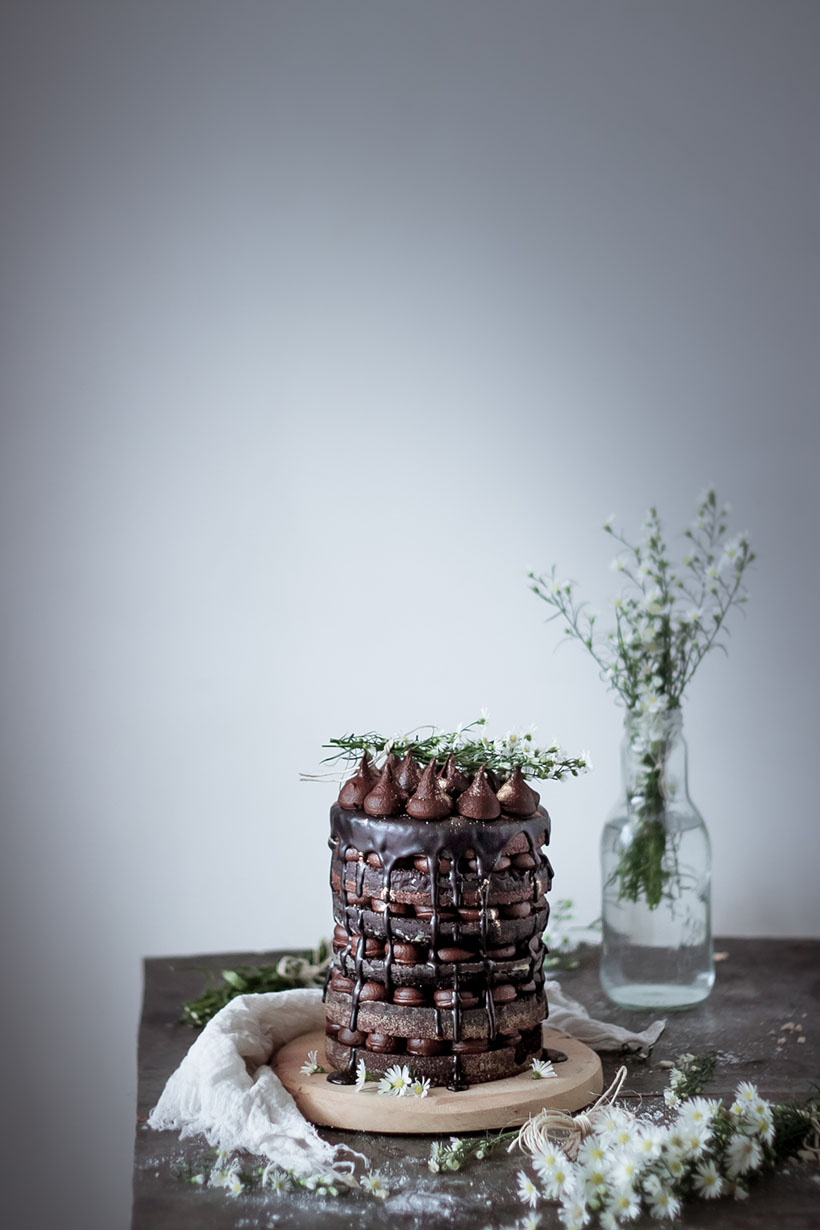pastel de 6 capas de chocolate