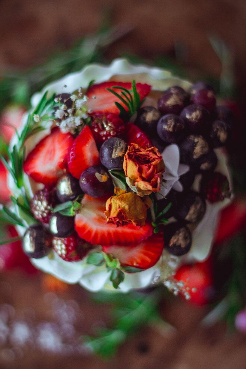 strawberry naked cake _03