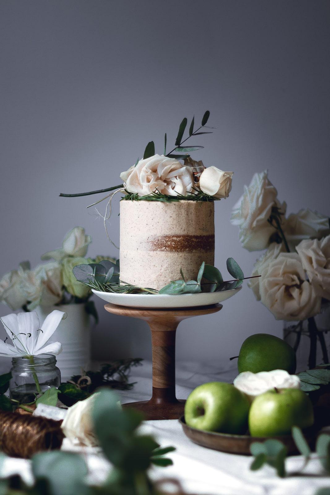 gingerbread-apple-cake-4391