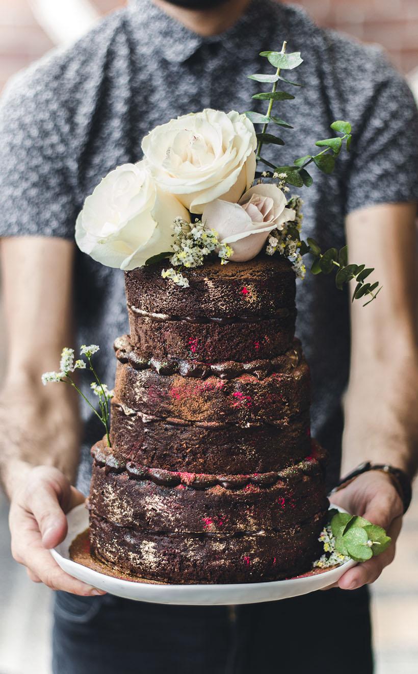chocolate naked cake 01