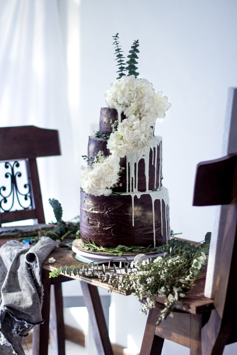 Chocolate Wedding Cake 000